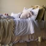 Wspaniała pościel i poduszeczki w stylu Shabby Chic